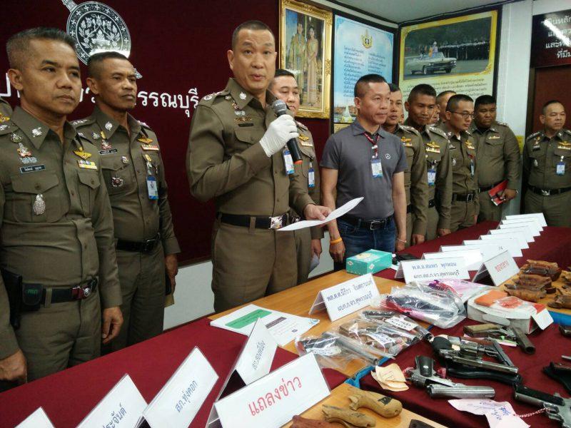 สุพรรณบุรี กวาดล้างอาชญากรรมจับปืนยาเสพติดอื้อ