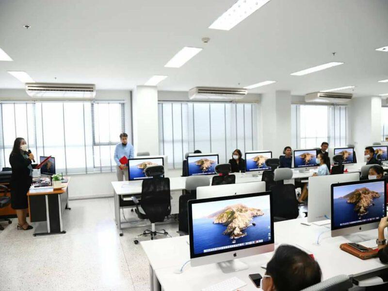 มหาวิทยาลัยเทคโนโลยีราชมงคลรัตนโกสินทร์ จัดโครงการพัฒนาศักยภาพนักออกแบบอุตสาหกรรมสร้างสรรค์