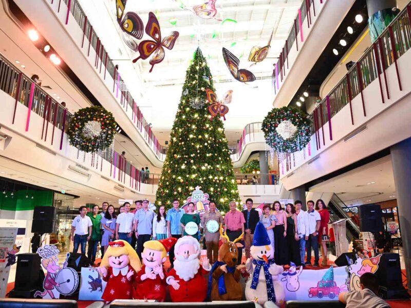"""นครปฐม  ฉลองเทศกาลความสุขยิ่งใหญ่ จัดงานเปิดไฟต้นคริสต์มาส """"Light Up Christmas Tree"""" ในคอนเซ็ปต์ """"The Magical Lights"""""""